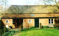 Lierop,  Boerderij: Eindje 9. Eindje is een buurtschap in de gemeente Someren (Lierop) in de Nederlandse provincie Noord-Brabant. Het ligt twee kilometer ten oosten van het dorp Mierlo, iets ten noorden van het buurtschap Hersel. 1995 - 1995