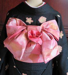 画像表示 - ブライダル専門美容師のこだわり仕事 - Yahoo!ブログ Japanese Clothing, Japanese Outfits, Japanese Kimono, Obi One, Fox Character, Yukata, Asia, Feminine, Textiles