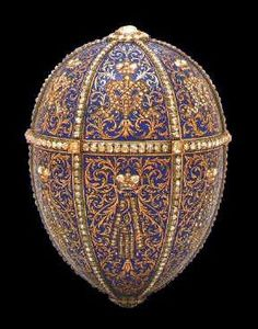 (1) FABERGE eggs__'TWELVE Monograms Egg  1895  Owner: Hillwood Museum, Washington, DC, USA,  Height: 7,9 cm