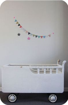 Children's room - Vintage bed - Petit Parc