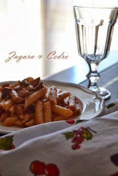 Pennette al sugo di funghi porcini dell'Etna http://zagaraecedro.blogspot.it/2013/10/pennette-al-sugo-di-porcini.html