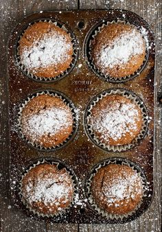 These easy to make Gingerbread Muffins are generously spiced, perfectly moist and lightly sweet. Great any time, but especially nice and festive around the holidays! your meta description by editing it right here Mug Cakes, Cupcake Cakes, Muffins Blueberry, Zucchini Muffins, Bran Muffins, Healthy Muffins, No Bake Desserts, Delicious Desserts, Dessert Recipes