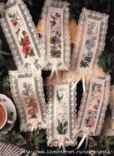 Pretty! Lace bookmarks with flowers.