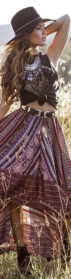 Era'S Skirt In Wine Print Produced ╰☆╮Boho chic bohemian boho style hippy hippie chic bohème vibe gypsy fashion indie folk the . ╰☆╮╰☆╮Boho chic bohemian boho style hippy hippie chic bohème vibe gypsy fashion indie folk the . Style Hippy, Gypsy Style, Boho Gypsy, Hippie Boho, 70s Hippie, Hippie Life, Gypsy Chic, Hippie Hats, Hippie Men