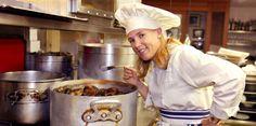 Hélène Darroze é escolhida como melhor chef mulher em 2015 - http://chefsdecozinha.com.br/super/noticias-de-gastronomia/helene-darroze-e-escolhida-como-melhor-chef-mulher-em-2015/ - #50MelhoresRestaurantesDoMundo, #HélèneDarroze, #WorldS50BestRestaurants