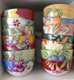China Painting, Ceramic Painting, Ceramic Plates, Ceramic Pottery, Painting Lessons, Painted Furniture, Planter Pots, Hand Painted, Ceramics