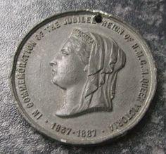 QUEEN VICTORIA GOLDEN JUBILEE MEDAL / MEDALLION 1887 - CITY OF LINCOLN Queen Victoria, Badges, Lincoln, City, Badge, Cities