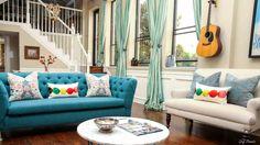 Elegant & Bright Living Rooms