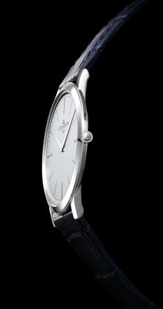 Master Ultra Thin Jubilee  ref. 1296520    This exceptional new model was inspired by the pocket-watch launched by Jaeger-LeCoultre in 1907, and which to this day remains the thinnest manually-wound mechanical pocket-watch in the world. Thanks to its \