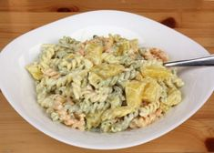 V hlavne úlohe kari. Vybrali sme desať chutných a nielen exotických receptov - zena. Pasta Salad, Food And Drink, Ethnic Recipes, Oreos, Crab Pasta Salad