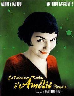 Amélie, serveuse dans un bar de Montmartre, passe son temps à observer les gens. Elle s'est fixé un but : faire le bien de ceux qui l'entourent.