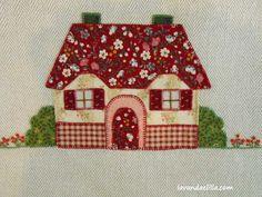 Lavanda e Lillà: Altri Asciugapiatti per Cucina House Quilt Block, House Quilts, Barn Quilts, Quilt Blocks, Applique Patterns, Applique Quilts, Baby Knitting Patterns, Quilt Patterns, Lampshade Redo