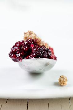 buckwheat berry crumble yumyumyum