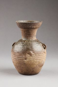 Wood Ash Glazed Pottery from the First Century BC - Modern Glazes For Pottery, Glazed Pottery, Hair Dye Removal, Backyard Sheds, Backyard Patio, Wood Ash, Woodworking Bed, Home Made Soap, Survival Skills