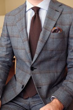 Suits are the important pieces for men's wardrobe. But only suits are not enough, also the other parts that combine the suit is important to have an attractive and great look. Mens Fashion Suits, Mens Suits, Fashion Outfits, Suit Men, Fashion Menswear, Men's Fashion, Gentleman Mode, Gentleman Style, Sharp Dressed Man
