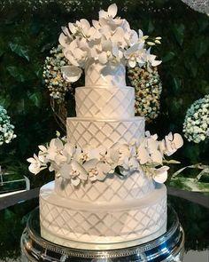 Bolo Cake, Celebrities, Desserts, Food, Instagram, Groom Cake, Engagement, Valentines Day Weddings, Tailgate Desserts