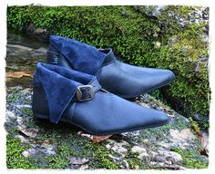 Medieval leather shoes from XIV-XV century black Larp