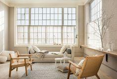 Variation de beiges pour un salon cosy Living Room Modern, Home Living Room, Living Room Designs, Living Room Decor, Scandinavian Interior Design, Home Interior Design, Interior Architecture, Interior Decorating, Decorating Ideas