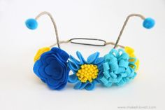 Flower Antennae Headband (…for the Butterfly Costume) Diy Butterfly Costume, Flower Costume, Fairy Halloween Costumes, Diy Costumes, Costume Ideas, Butterfly Kids, Butterfly Party, Butterfly Birthday, Diy Wings