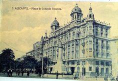 Plaza de Joaquín Dicenta ( Actual Plaza Puerta del Mar)