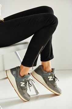 New Balance 90S Solid 530 Running Sneaker: on my wishlist!