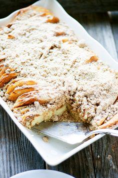 perfect for Christmas morning | overnight pancake casserole #breakfast heathersfrenchpress.com