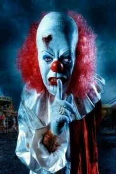 """The original caption was """"Scary clown"""", which does not do this justice. Goddamn scary motherfucking clown does this justice."""