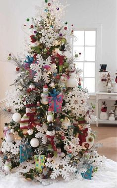 22 Wonderful Christmas Tree Ideas
