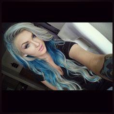 Platinum and blue hair Blonde And Blue Hair, Teal Hair, White Hair, Hair Hacks, Hair Tips, Hair Ideas, Hair Addiction, Platinum Hair, Fall Makeup
