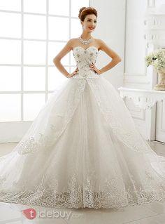 ビーズハートカップホワイトレース大聖堂ウエディングドレス