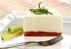 Words cannot describe how tasty this looks. I love the zestiness of key lime cheesecake! No Bake Desserts, Delicious Desserts, Dessert Recipes, Yummy Food, Tasty, Cheesecake Cake, Cheesecake Recipes, Light Cheesecake, Mini Cakes