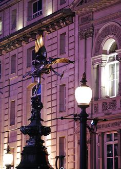 Eros, Piccadilly Circus, London at Night