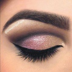 Dreamer eyes makeup- i always try and do my eyes like this but im not that good!