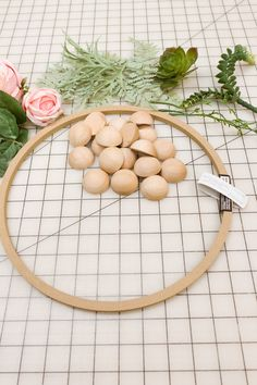 Easy DIY spring wreath with wood beads, peonies, and succulents. This is a warm and inviting wreath for Spring and every day. Romantic and minimal but oh so pretty! These step by step directions… Wood Wreath, Wood Bead Garland, Wreath Crafts, Diy Wreath, Wreath Ideas, Mesh Wreath Tutorial, Tulle Wreath, Wreath Making, Bead Crafts