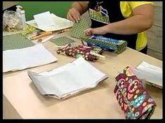 """psníčka"" z krabic od mléka, džusu Diy Craft Projects, Craft Tutorials, Sewing Projects, Projects To Try, Tetra Pak, Leather Bag Tutorial, Purse Tutorial, Easy Fall Crafts, Diy And Crafts"