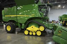 New John Deere Combine Prototype | series-tracks-clean-600.jpg