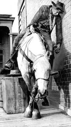 Lee Marvin and horse in Cat Ballou.