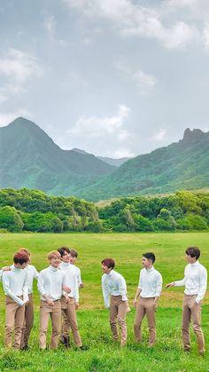 Kpop Exo, Exo Kai, Park Chanyeol, Exo Group Photo, Exo Stickers, Exo Album, Exo Official, Exo Lockscreen, Kim Minseok
