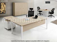 comp. SC004 #arredo per #ufficio #direzionale con #scrivania angolo e #tavolo #riunione quadrato