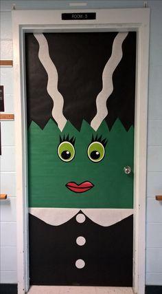 Halloween classroom door decorating contest. | Teaching ...