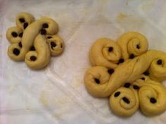 Guess Who's Coming To Dinner: Food Photo Friday Sunday - Hurricane / Pre-Rosh Hashana Edition I Want Food, Love Food, Jewish Bread, Jewish Food, Challah Bread Recipes, Bread Art, Jewish Recipes, Looks Yummy, Relleno