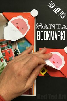 Super simple and fun DIY Santa Bookmark Corner. How cute is this DIY Bookmark Design? Perfect for the holiday season and another simple and easy Corner Bookmark Design from Red Ted Art. LOVE LOVE LOVE. Father Christmas is just the cutest!