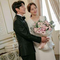 Joon Gi, Lee Joon, The Flowers Of Evil, Moon Chae Won, Korean Wedding, Korean Drama Movies, Movie Couples, Korean Actresses, Bridesmaid Dresses