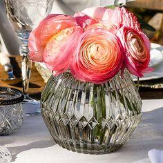 Clear Glass Vase with Silver Handle Vase Centerpieces, Wedding Table Centerpieces, Wedding Decorations, Wedding Lanterns, Clear Glass Vases, Tea Light Holder, Candlesticks, Tea Lights, Handle