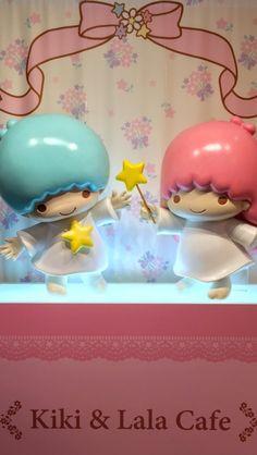 Sanrio: Little Twin Stars:) Little Twin Stars, Little Star, Kawaii, Sanrio Wallpaper, Cute Japanese, Sanrio Characters, Sanrio Hello Kitty, Twinkle Twinkle, Kids Toys