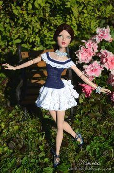 Handmade shoes, crochet dress and jewellery for Emma Jean Deja Vu Tonner doll. Barbie Dress, Barbie Clothes, Collector Dolls, Doll Stuff, Thoughts, How To Wear, Handmade, Dresses, Crochet Flower Patterns