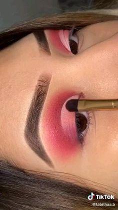 Smoky Eye Makeup, Edgy Makeup, Eye Makeup Steps, Eye Makeup Art, Makeup Eyeshadow, Easy Eyeshadow, Orange Eye Makeup, Cutcrease Tutorial, Maquillage On Fleek