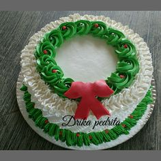 42 Ideas Cake Christmas 2019 my stuff Christmas Cupcakes Decoration, Christmas Cake Pops, Christmas Sweets, Christmas Goodies, Christmas 2019, Cake Icing, Buttercream Cake, Cupcake Cakes, Holiday Baking