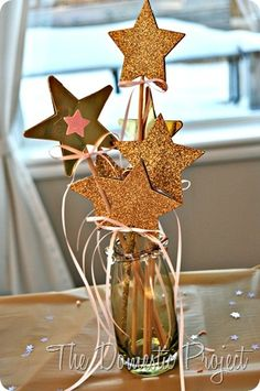 Avery's Twinkle Twinkle, Little Star Birthday Party Star Centerpieces, Star Decorations, Baby Shower Themes, Baby Shower Decorations, Star Baby Showers, Star Wedding, Star Party, Twinkle Twinkle Little Star, Deco Table
