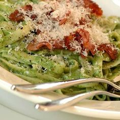 The smooth voluptuousness of this economical pasta dish leaves one completely satisfied, with the additional bonus that spinach is good for you! Creamy Spinach Sauce, Pasta Dishes, Allrecipes, Cabbage, Vegetables, Breakfast, Smooth, Leaves, Food